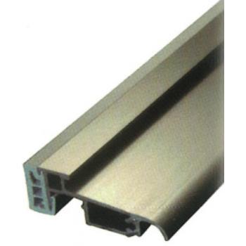 Seuil PL 60 RT finition anodisé argent longueur 6,03m pour porte et porte-fenêtre PVC spécifiques Rehau
